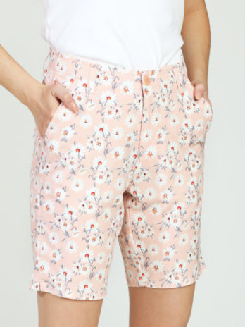 NEW GiLo Ladies Golf Shorts – Peach Ditsy Daisy